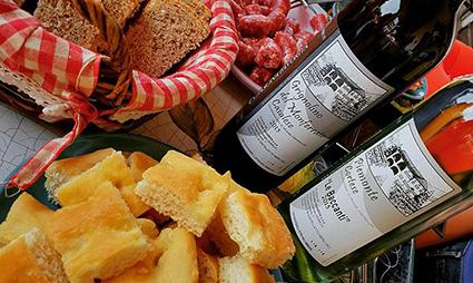 Produzione vini Agriturismo Cascina Favorita